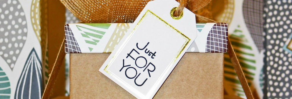 mall marketing plan article graphic - gift tag just for you
